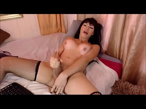 Giagni recommend Shemale in white pantie hose