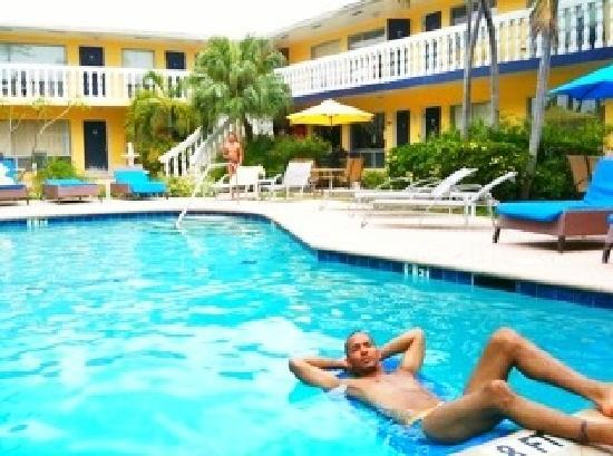 padre guest house gay South