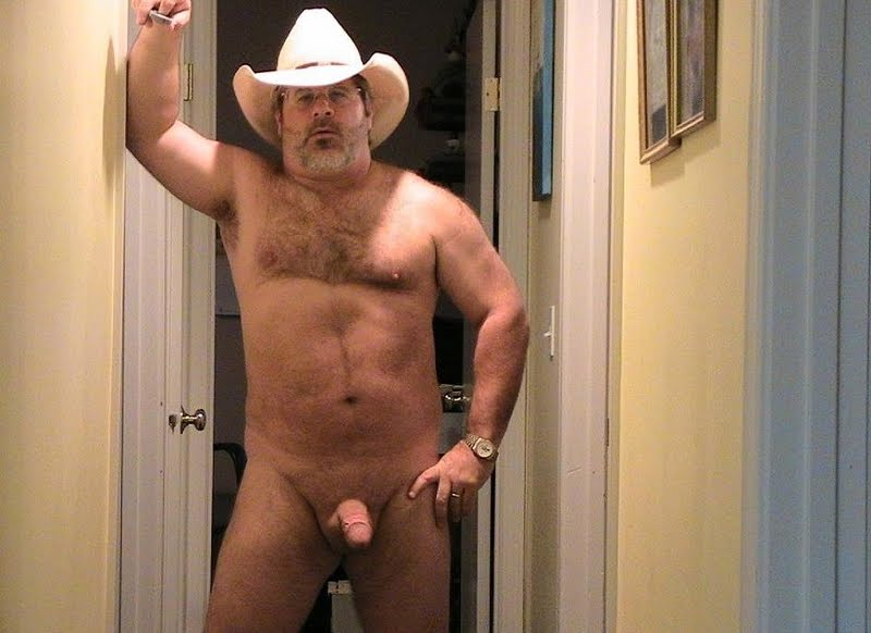 Older gay man nude pic