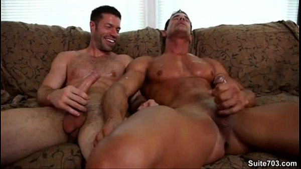Dregrich recommend Clip gay hardon male video