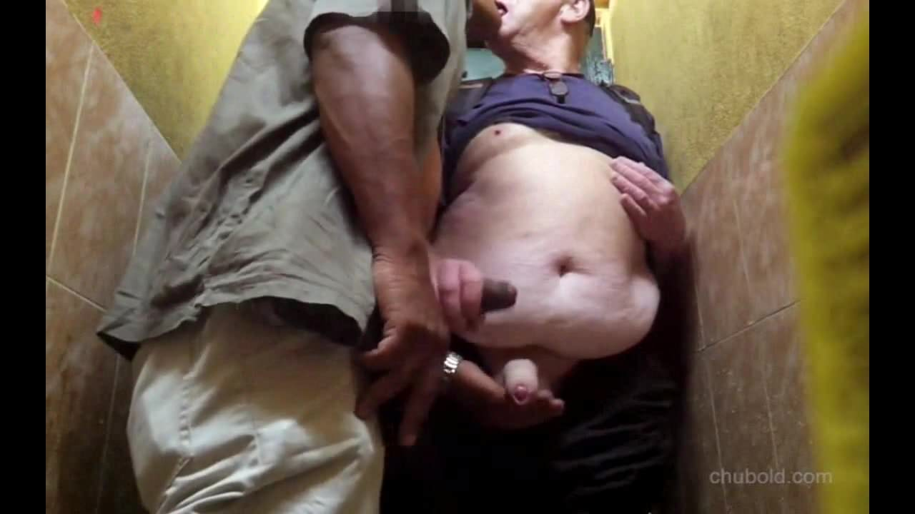 Hot shemale with a couple videos