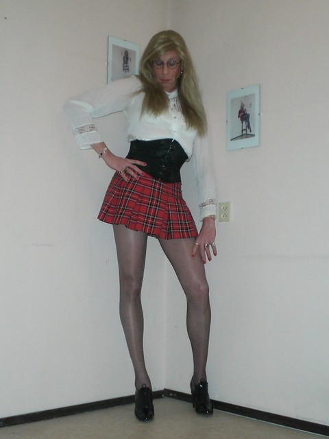 Adult archive Tranny swallows